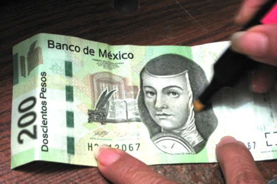 Billete-falso-dinero+