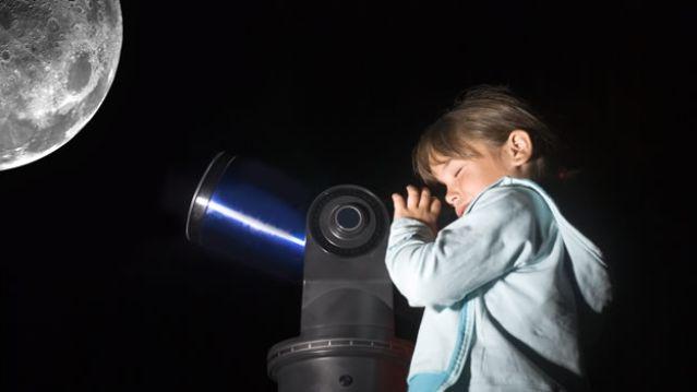 observacion-luna-telescopio-nina