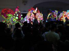 Alebrijes iluminados se apoderan del Museo de Arte Popular